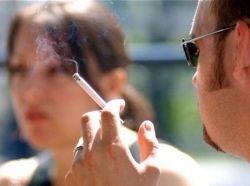 Курение на улицах