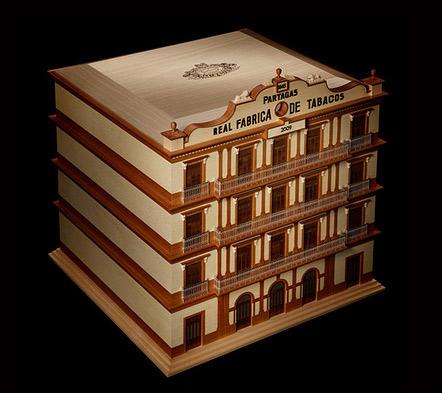 Лондонский дизайнер Дэвид Линли. Хьюмидор в виде здания кубинского табачного завода Partagas